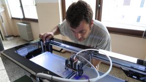 Stampanti 3D e Crowdfunding per riportare i giovani in valle-