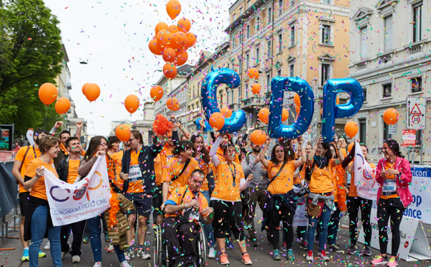 Charity program di Milano Marathon 2018, fundrasing di corsa-